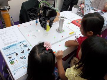 Robotiq at science fair Asia