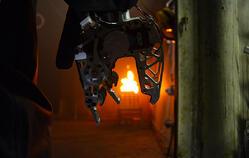 SAFFiR_Hand_Firefighting_robot