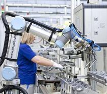 UR5-Universal-robots-volkswagen-collaborative robots