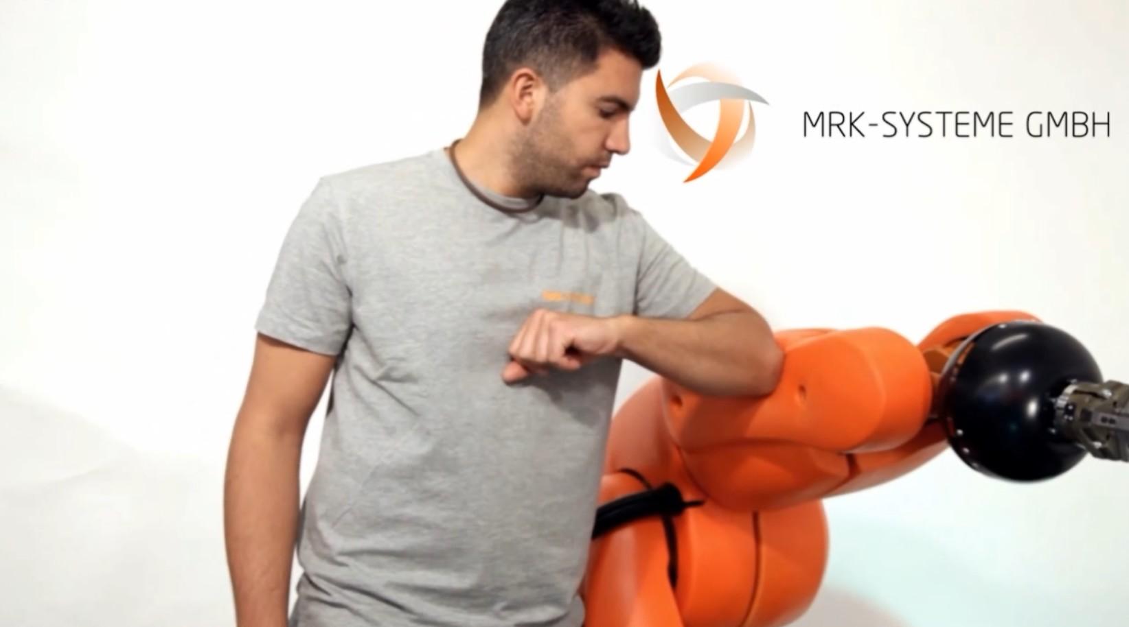 collaborative-robots-sensors-safety-pads-KUKA-KR5 SI