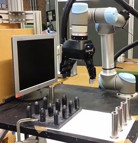 3-finger-robot-gripper-on-universal-robots-pick-and-place