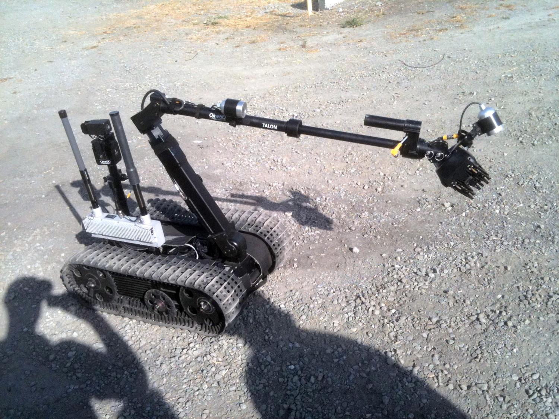 military-robot-gripper