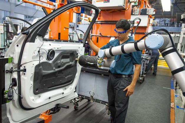 universal-robots-collaborative-application