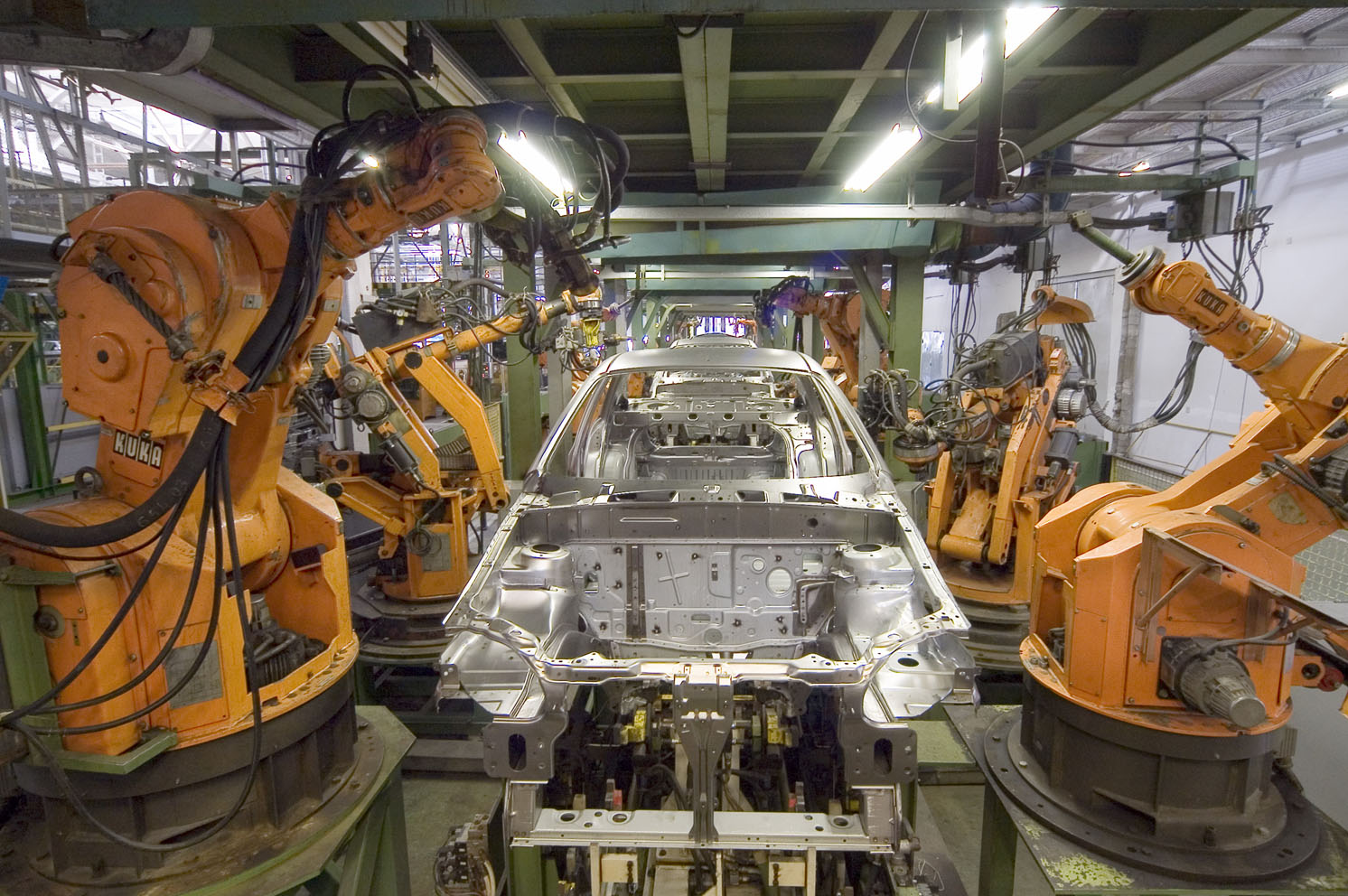 KUKA_Industrial_Robots_IR.jpg