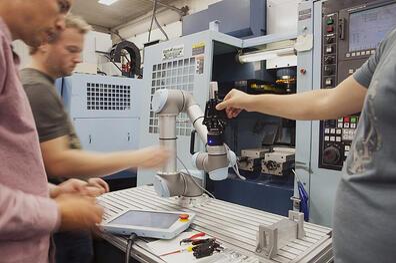 collaborative-robot-machine-tending