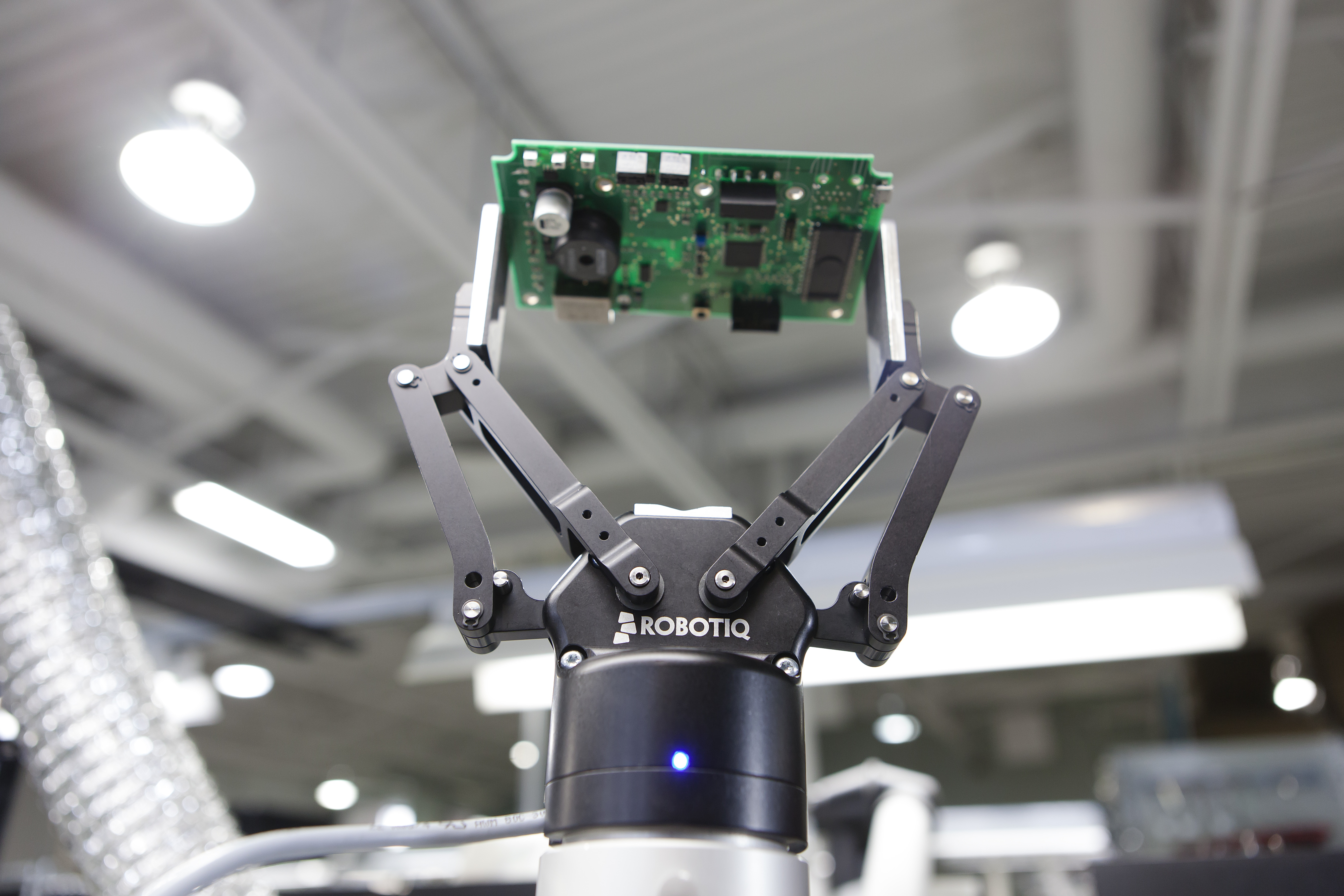 2-finger-140-robot-gripper-collaborative