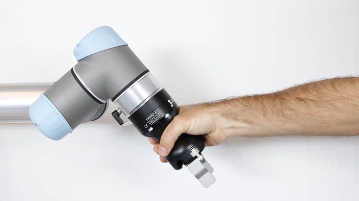 Leveraging human abilities with cobots