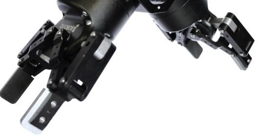 dual-gripper-high-rez-176180-edited-127755-edited.jpg