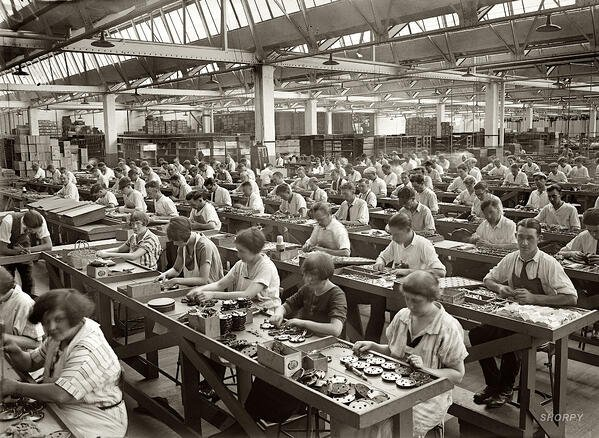 factory-workers-shorpy