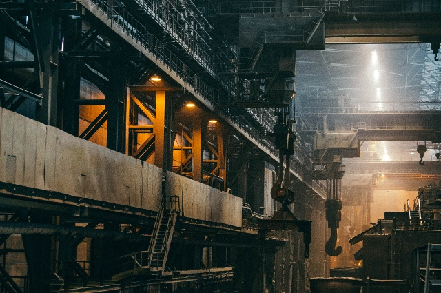 manufacturing-company-securing-the-IIoT