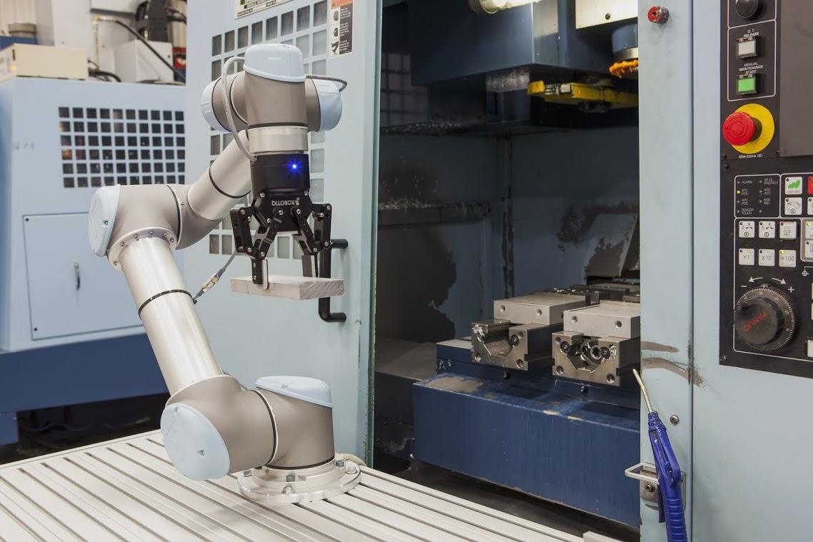 machine tending robots