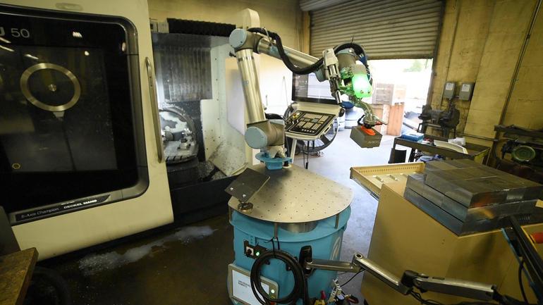 warehouse bot-1.jpg