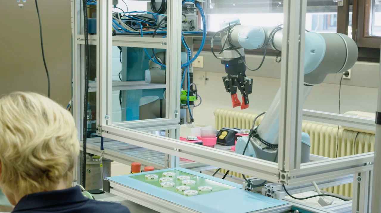 Why I Have Fenced my Collaborative Robot