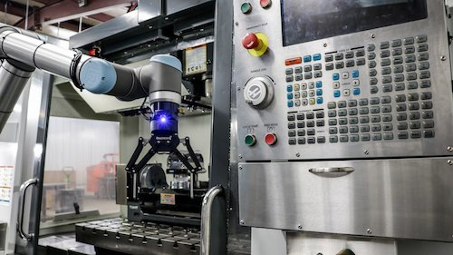 What Are the Right Steps to Follow When Integrating Your Robotic Cell?
