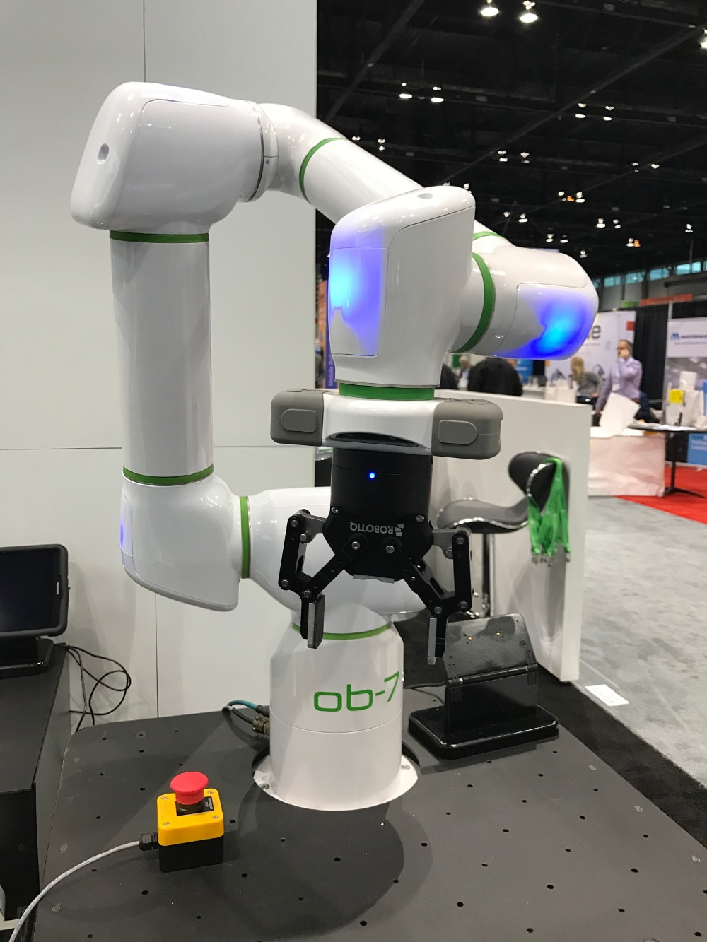 Automate 2017 New Cobots On The Block