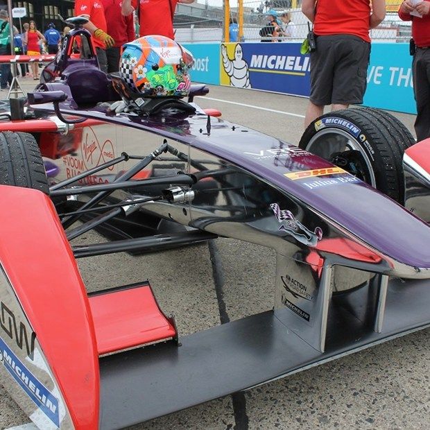 Robo-Racing_Car.jpg