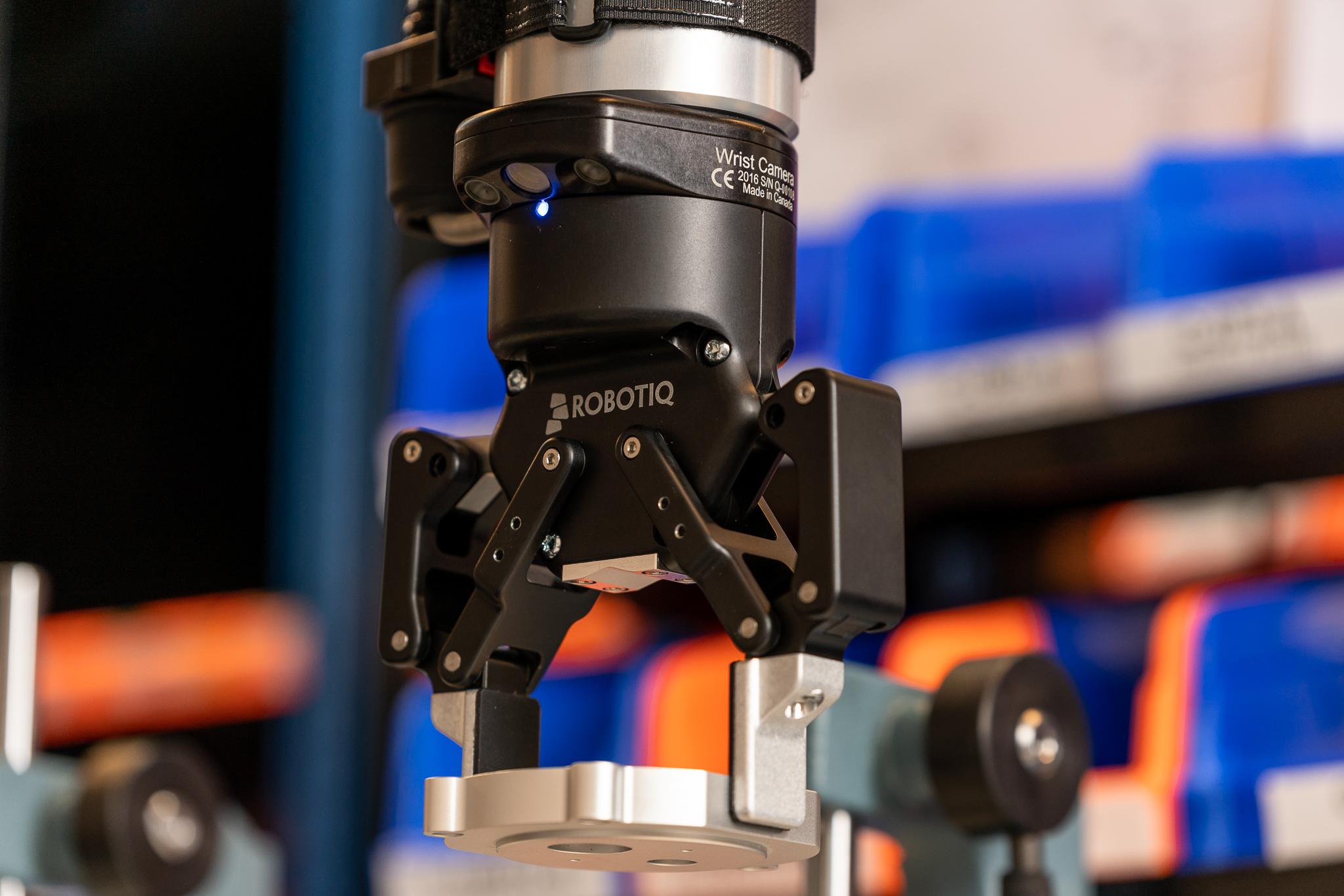 5 Ways Robotics Are Used in Medicine and Healthcare