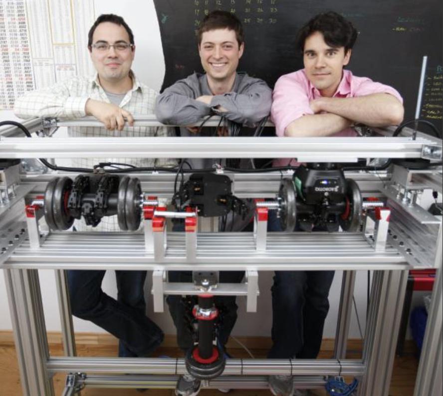 Robotiq Contributes to World-Class Collaborative Robots Training Program