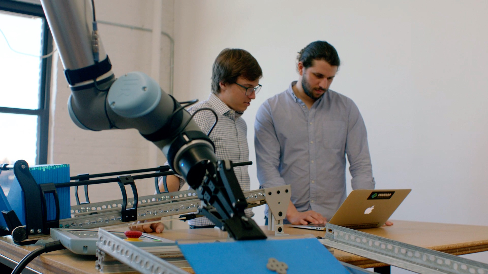 How to Close the Skills Gap in Your Manufacturing Robotics