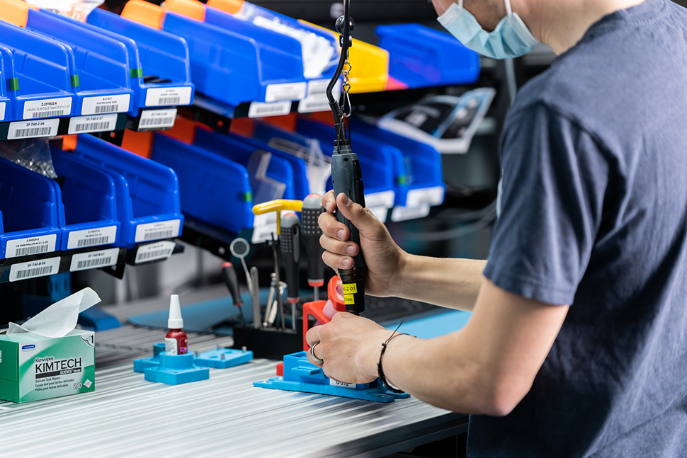 Manual vs Robotic Screwdriving: Which is Better?