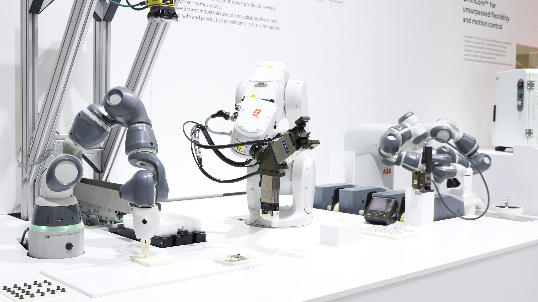 Automatica 2018 ABB Tiny Robots