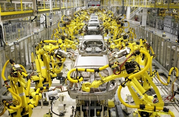 How Will Manufacturing Robotics Change in 2017?